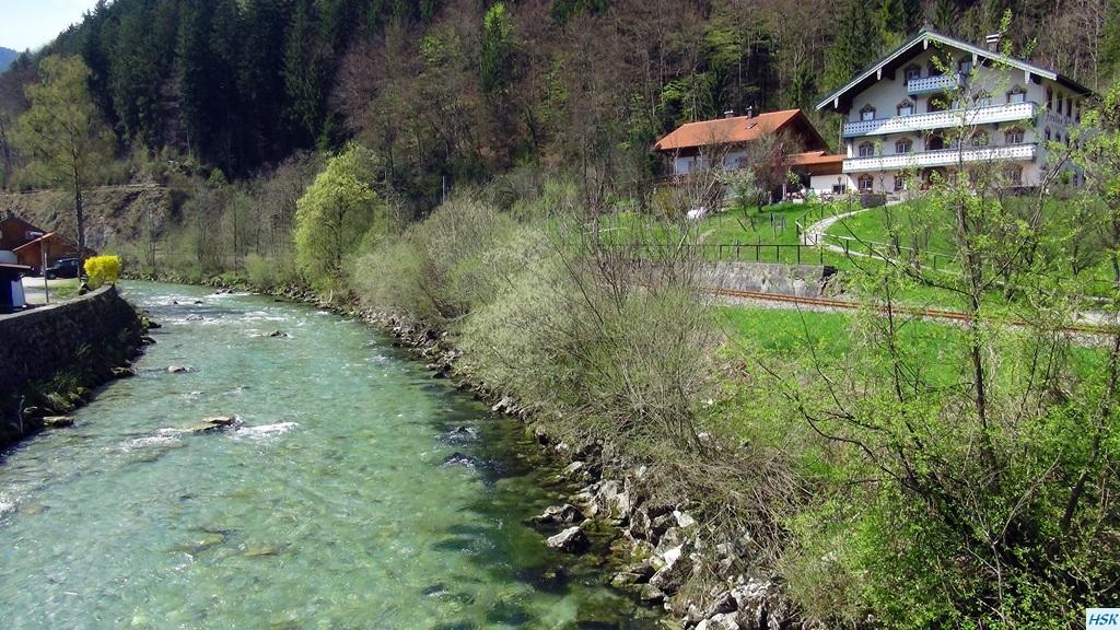 Weiße Traun, Hausstrecke beim Forellenhof - April